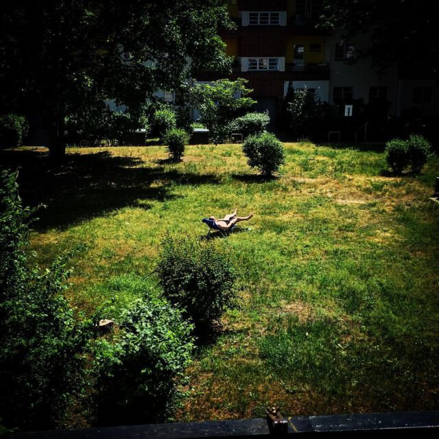 #backyard #berlin #plauze #sunburn